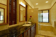 Villa 1 - Bathroom 4